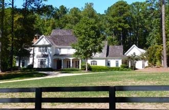 Wood Valley golf homes and Alpharetta Country Club West offer an exeptional opportunity to find wonderful Atlanta country club homes.